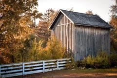 Vecchia tettoia di legno fotografia stock