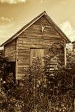 Vecchia tettoia di stoccaggio dell'azienda agricola Fotografie Stock Libere da Diritti
