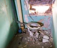 Vecchia toilette Immagine Stock