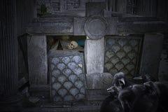 Vecchia tomba rovinata Fotografie Stock Libere da Diritti
