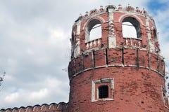 Vecchia torre del monastero di Don Icon a Mosca Immagine Stock Libera da Diritti