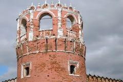 Vecchia torre del monastero di Don Icon a Mosca Fotografia Stock