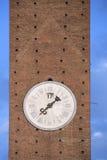 Vecchia torre di orologio nella città medievale di Siena, Italia Fotografie Stock