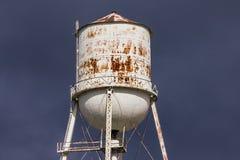 Vecchia torretta di acqua Fotografie Stock Libere da Diritti