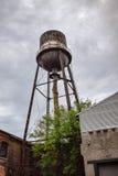 Vecchia torretta di acqua Immagini Stock Libere da Diritti