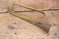 vecchio tromba annunci bacheca