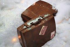 Vecchia valigia di viaggio Fotografia Stock