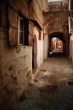 Vecchia via cobbled Fotografia Stock Libera da Diritti