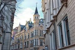 Vecchia via della città di Riga Immagine Stock