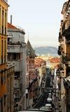 Vecchia via di Lisbona Fotografia Stock