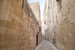 Vecchia via a Rabat, Malta, Europa Fotografia Stock