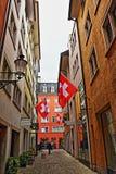 Vecchia via Svizzera della città di Zurigo Fotografie Stock