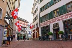 Vecchia via Svizzera della città di Zurigo Immagine Stock