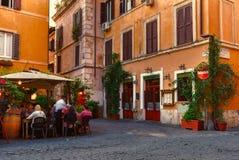 Vecchia via in Trastevere a Roma Fotografie Stock Libere da Diritti