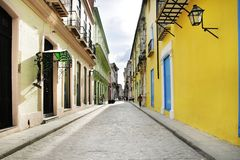 Vecchia via vuota di Avana Fotografia Stock