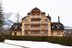 Vecchia villa di legno Immagine Stock Libera da Diritti