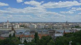 Vecchia vista della città di Budapest video d archivio