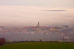 Vecchia vista della città di Levoca dalla collina Fotografia Stock