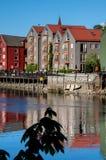 Vecchia vista della città di Trondeim immagini stock