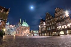 Vecchia vista di notte della città di Brema Fotografie Stock Libere da Diritti