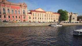 Vecchia vista di San Pietroburgo dell'argine Fotografia Stock