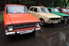 Vecchie automobili sovietiche Immagini Stock Libere da Diritti