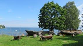 Vecchie barche del museo del mare nel parco nazionale Estonia di Lahemaa fotografia stock libera da diritti