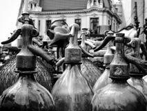 Vecchie bottiglie di soda Fotografie Stock Libere da Diritti