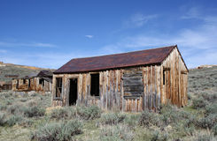 Vecchie Camere nella città fantasma del Bodie Fotografia Stock