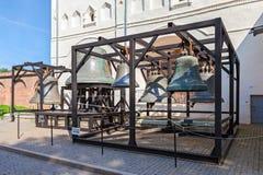 Vecchie campane di chiesa della st Sophia Cathedral in Novgorod kremlin, Ru Fotografia Stock