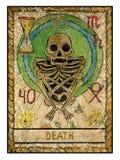 Vecchie carte di tarocchi Piattaforma piena morte Immagini Stock Libere da Diritti