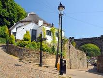 Vecchie casa e lanterna in Knaresborough, Inghilterra Fotografia Stock Libera da Diritti