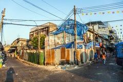 Vecchie case abbandonate e marcie Fotografie Stock