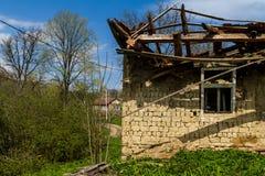 Case di legno abbandonate foto stock iscriviti gratis for Vecchie planimetrie della fattoria