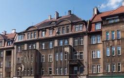 Vecchie case con mattoni a vista tradizionali in Zabrze Fotografie Stock
