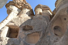 Vecchie case operate in Cappadocia Fotografie Stock