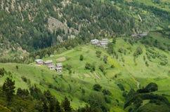 Vecchie case tradizionali della montagna Fotografie Stock Libere da Diritti