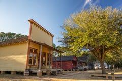 Vecchie case in un parco del punto di riferimento storico fotografia stock libera da diritti