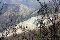 Vecchie cave dell'estrazione di marmo fotografia stock libera da diritti