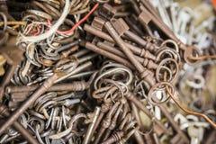 Vecchie chiavi miste Fotografia Stock Libera da Diritti