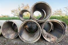 Vecchie condotte di cemento Fotografie Stock Libere da Diritti