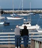 Vecchie coppie al mare Fotografia Stock