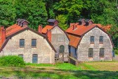 Vecchie costruzioni abbandonate della fabbrica Immagine Stock Libera da Diritti