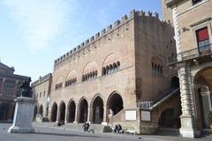 Vecchie costruzioni medievali sulla piazza Cavour Fotografia Stock Libera da Diritti