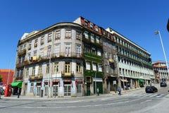 Vecchie costruzioni a Oporto, Portogallo Fotografie Stock