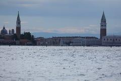 Vecchie costruzioni a Venezia, Italia fotografia stock libera da diritti