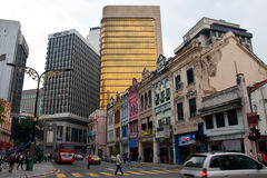 Vecchie e nuove costruzioni in Kuala Lumpur Immagini Stock Libere da Diritti