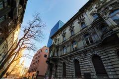 Vecchie e nuove costruzioni a Lodz poland Fotografie Stock Libere da Diritti