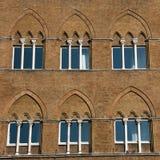 Vecchie finestre fotografia stock libera da diritti