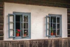 Vecchie finestre blu Immagine Stock